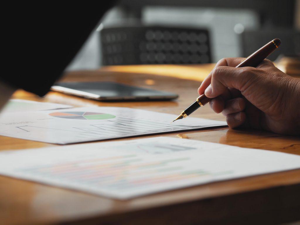 La reforma incluye modificaciones al impuesto a las ganancias, al Régimen Simplificado, a la ley de procedimiento tributario, al Régimen Penal Tributario -que incluye el régimen penal de la Seguridad Social-, y la creación de la Unidad de Valor Tributario para actualizar determinados importes.
